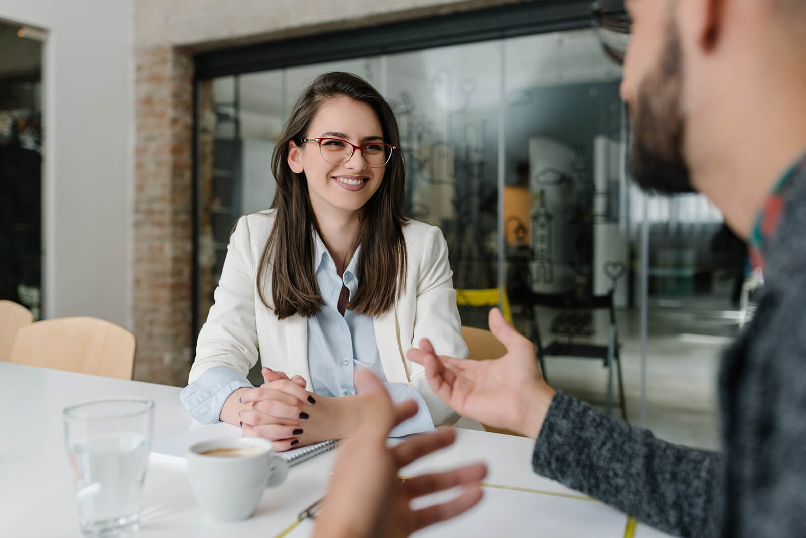 """How to Effectively Answer """"Why Should We Hire You?"""" – With Sample Answers"""